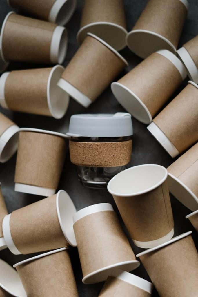 Photo of disposable and recyclable cups