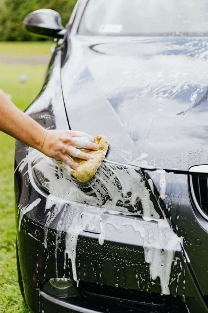 Photo of a car wash; quick way to make $100 a day