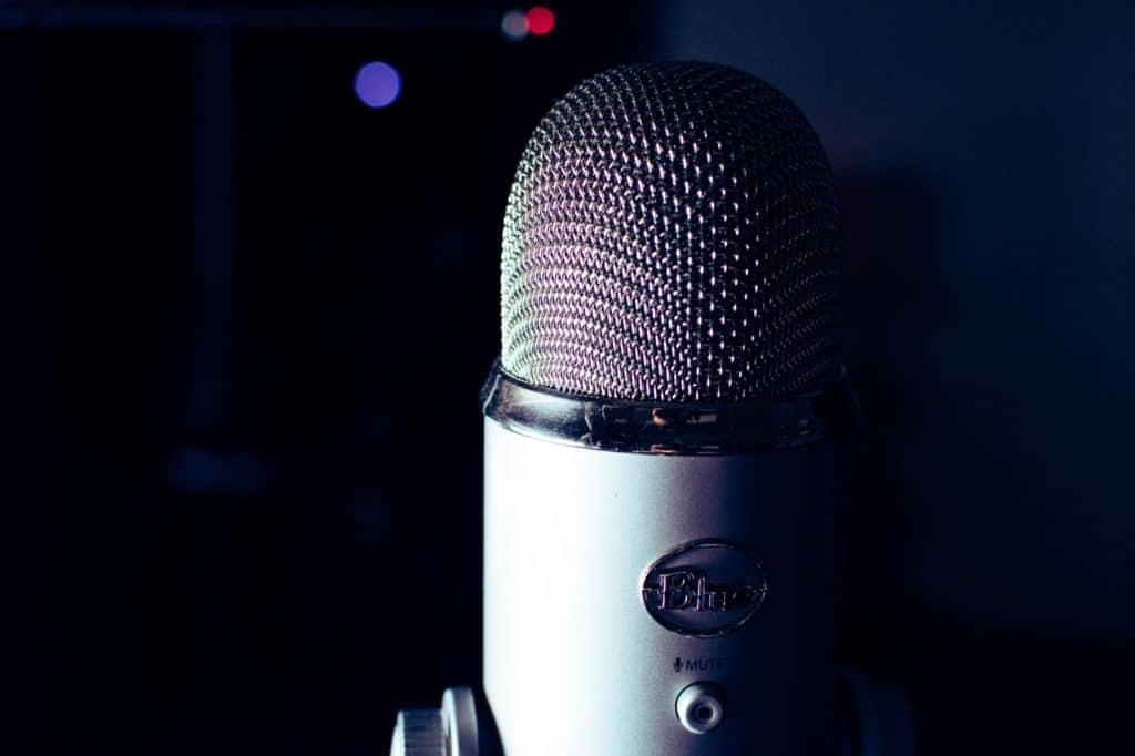 Photo of a mic; doing voice over jobs is a way to make quick money in one day