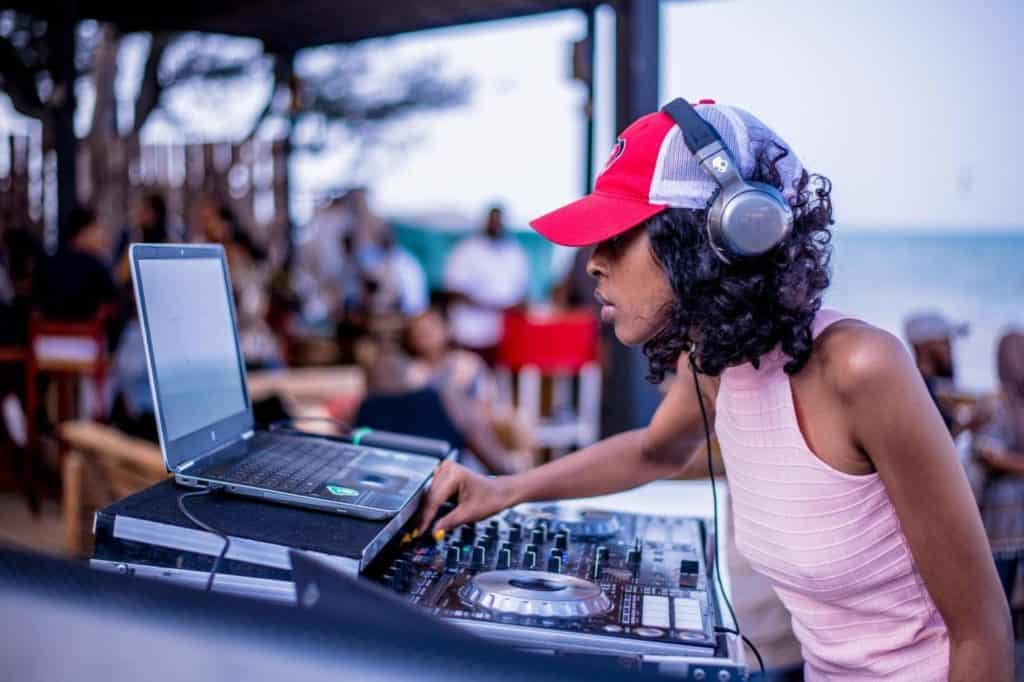 Photo of a DJ; a great job to make money as a teenager